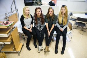 Emmy Strandlund, Jasmine Tiainen, Lisa Lif och Debora Selling.
