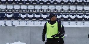 Joshua Nadeau under förra veckans träning på Gavlevallen.