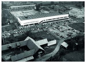 Flygbild från förr på Ikeas första varuhus i Älmhult.