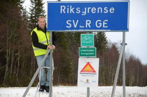 Bertil Forsmark är huvudkontaktombud för Grannsamverkan Frostviken i Gäddede som nyligen startat. – Det här ett ideellt arbete som görs i förebyggande syfte och en bra grej eftersom det inte finns någon polis häruppe, säger han.