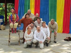 Teater Gazbazz: Ulla Rönnols, Sven Sundin, Henrik Skymning, Tina Spers, Monika Jansson, Tomas Jansson, Tony Westling, Tommy Andersson, Tina Prestberg, Magnus Sälgström.