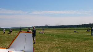 Ett flygplan har kraschat ute på Flygstaden i Söderhamn under uppvisningarna på Flygfesten.
