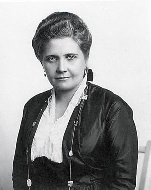Engeltoftabo. Ninni Kronberg (1874–1949), uppfinnare från Gävle. Det var hennes patent på spraytorkat mjölkpulver som grundlade Semper.