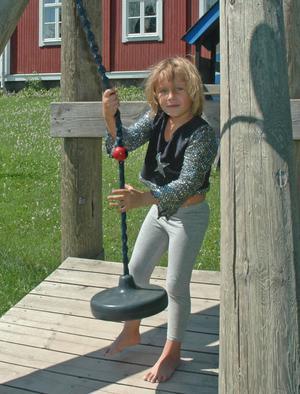 favorit. Tindra Johans-son, 5, gillar linbanor bäst.