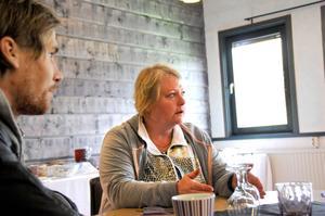 Gill Lantz äger den nyöppnade restaurangen Vändpunkten. Kanske kommer hennes kundunderlag vara en draghjälp under bygghandelns första tid.