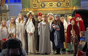 Barn från kyrkans barnkörer framförde julspelet som är en lång tradition i Härnösand.