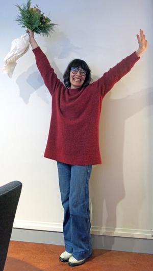 Så här glad blev Alexandra Zetterberg Ehn när hon fick Gefle Dagblads kulturpris.