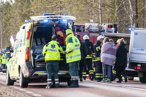 Stora insatser gjordes vid bussolyckan i Härjedalen, kommun, räddningstjänst, ambulans, sjukvård, polis, Svenska kyrkan och andra frivilliga hjälpte till på olika sätt.