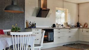 Sätt lådor i köket i stället för köksskåp Anders Öfvergårds bästa knep för att göra köket mer praktiskt utan att bygga om allt.
