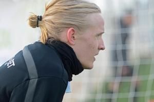 Henrik Löfkvist gjorde 2–1 för Dalkurd men fick nöja sig med 2–2 mot ÖFK.
