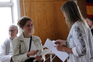 Solina Lujinovic-Magnusson, Kilafors, har skrivit novellen som belönades med 300 kronor av Hälsinge Akademi.