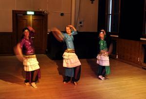 Al Farah deltog i firandet av Internationella dansdagen.