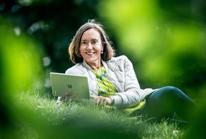 Susanna Toivanen är filosofie doktor, arbetslivsforskare och docent i sociologi vid Stockholms universitet.