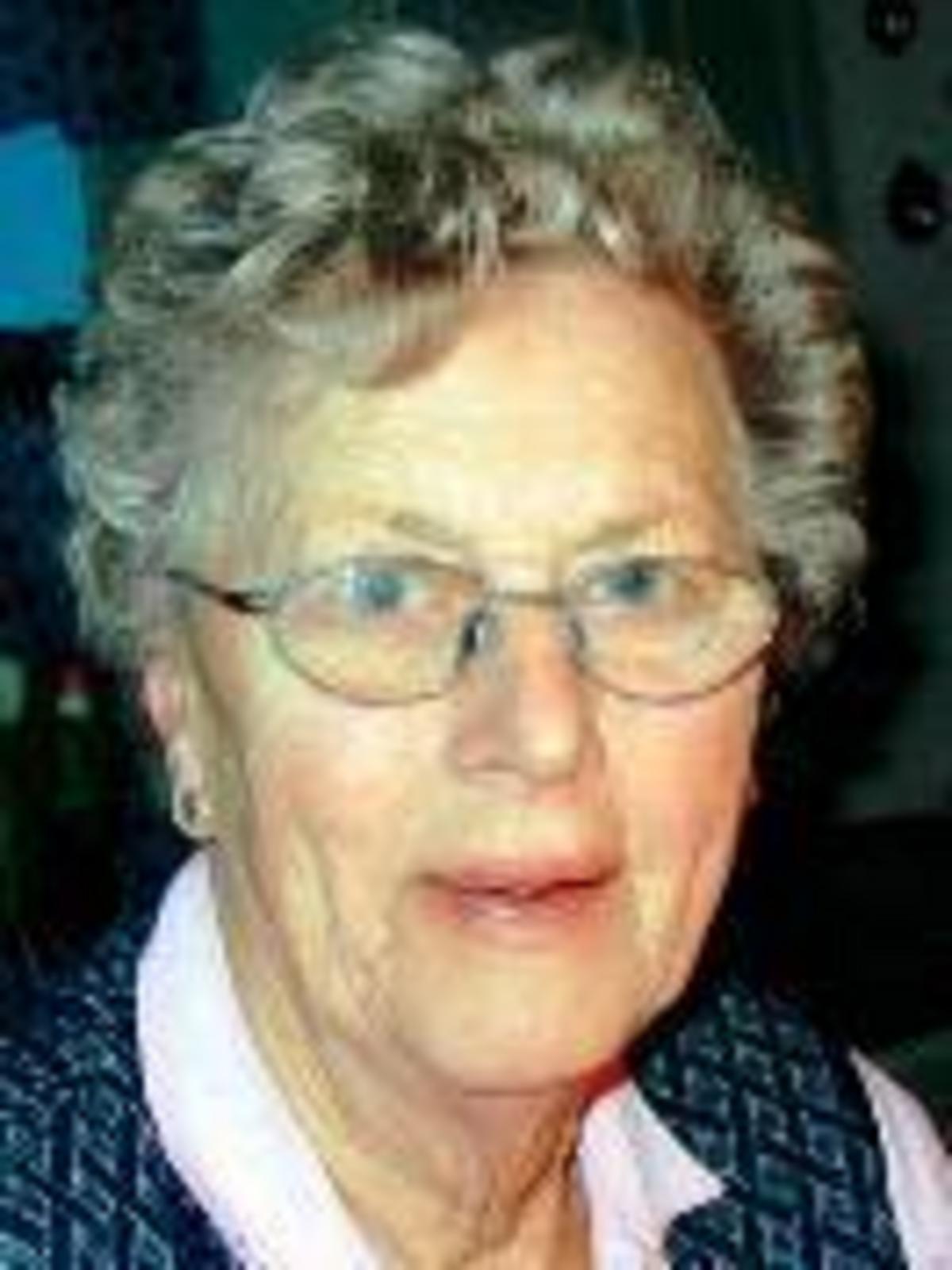 Sonja Lindberg, 64 r i Gll p Revsund 187 - telefon, lder och