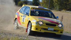 Fullt ös hade Niklas Hägg i brorsan Mattias Toyota. Framfarten räckte till en fin femteplats i Trimmat tvåhjulsdrivet.
