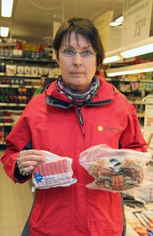 Lena Selberg är miljö- och hälsoskyddsinspektör i Ånge kommun, bland det värsta hon varit med om är när norovirus upptäcktes i pizzasallad på en restaurang eftersom det fick så stora konsekvenser.