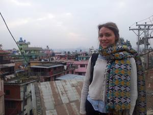 Kristin Svensson bor i Pokhara, åtta mil från jordbävningens epicentrum.
