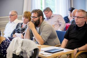 SD med Mats Hellhoff längst till höger ser det som att acceptansen för partiet ökar.