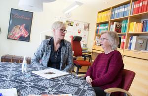 Karin Gunnars Hellgren, tandvårdschef, och Birgitta Nordström, vårdutvecklare på Folktandvårdens kansli i Falun, ser att det finns skillnader i tandstatus i olika delar av länet. Birgitta Nordström har tidigare varit med och gjort en forskningsstudie om munhälsa i Dalarna. Forskningsprojektet heter Epiwux.