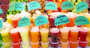 Mat, frukt, drinkar och delikatesser är några av sakerna man kan fynda på europeiska matmarknader.