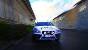 På många håll är det långt till närmaste polis, skriver två KD-politiker som vill satsa fyra miljarder kronor på polismakten.