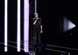 Lettlands Justs framför bidraget Heartbeat.