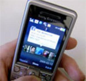 Facebookberoende lyfter mobilt internet
