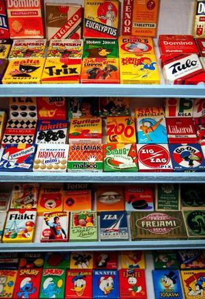Godisförpackningar och tablettaskar väcker nog minnen hos de allra flesta. Undrar när askar som Trix och Bronzol försvann?