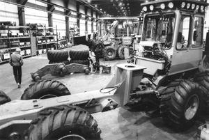 En bild inifrån fabriken i Alfta, tagen i september 1983.