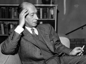 Eyvind Johnson - svensk författare och Nobelpristagare i litteratur, också han involverad i en litterär fejd.