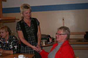 På mötesplatsen på Hagängsgården i Harmånger kan personer som vårdar anhöriga få stöd och hjälp.