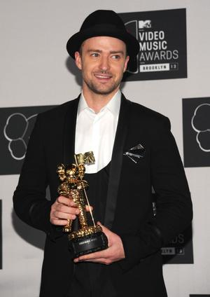 Justin Timberlake tog emot hederspriset Michael Jackson Vanguard Award.