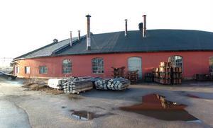 Rundstallet mot Gärdet byggdes 1878. Ett rivningsförbud föreslås.