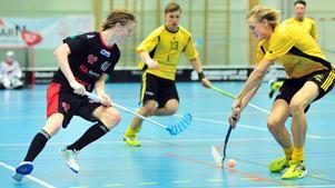 45. Markus Jonsson, 20 år (ny), innebandy. Sonen till forne SSK-backen Stefan valde bort ishockeyn. Det gjorde han helt rätt i. Den Nykvarnsfostrade 20-åringen är en av landets mest spännande backtalanger och nu en etablerad SSL-spelare i Växjö.