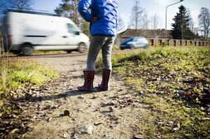 Riksväg 83 är en farlig genväg för barnen på Kilafors skola.