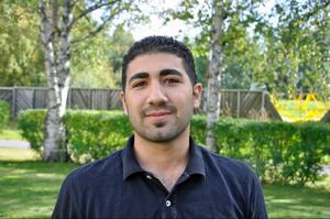 Mazen Bazaze hann bara studera två år på läkarlinjen hemma i Syrien innan han tvingades fly från kaoset.