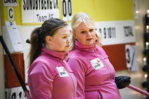 Anette Norberg med dottern Therese Westman, som kan bli vår nästa curlingstjärna.