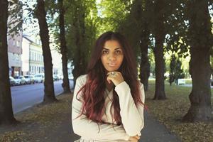 Efter ett uttalande om Sverigedemokraterna får Marwa Karim ta emot mängder av rasistiska meddelanden.