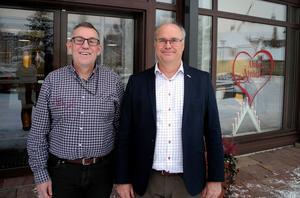 Pege Andersson och Peter Egardt från Älvdalens kommun menar att mottagandet varit ett lyft för bygden.