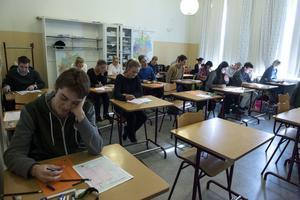 Totalt har 76 707 personer anmält sig till högskoleprovet den 1 april.