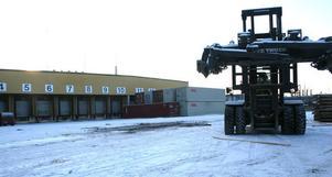 Gullfibers magasin i Söråker används redan som godsterminal för såväl lastbilar som tåg.