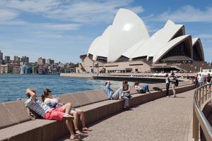 Många svenskar vill helst resa till Australien.