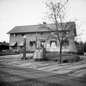 Butik. Den första Konsumaffären i Lienshyttan.