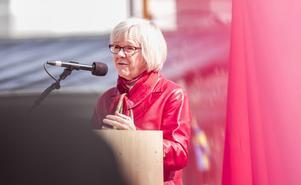 Wanja Lundby Wedin var huvudtalare på socialdemokraternas förstamaj möte på Möljen.