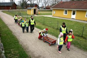 Trollebo förskola i Lanna ska läggas ner och bli privatbostad.