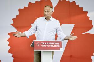 Vänsterpartiets partiledare Jonas Sjöstedt har en del att lära vänsterrörelsens mer yviga grenar.
