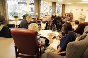 Så här såg det ut, när dagverksamhets lokaler invigdes i Gyllengården 2013. Just här var det tidigare matsal.