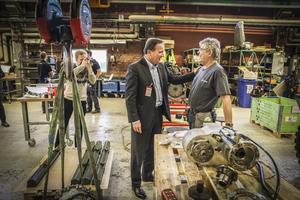 Rolf Jonsson var en av dem som fick träffa statsministern under hans besök på Saabs verkstad i Lugnvik.