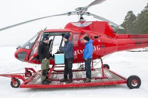 Piloten Jonas Grinde, Leif Härjegård och Dan Eriksson har inventerat mycket skog.