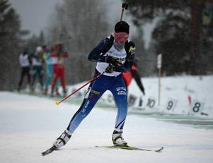Nicolina Lindqvist inledde med en 30:e plats i sprinttävlingen på Ungdoms-OS